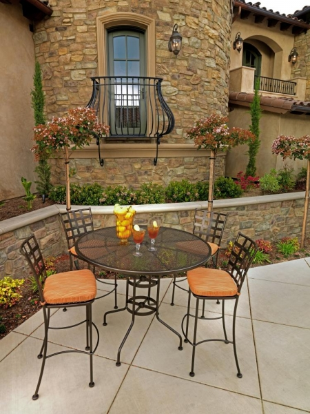 OW Lee Bistro & Terrace Collections Patio and Hearth Shop